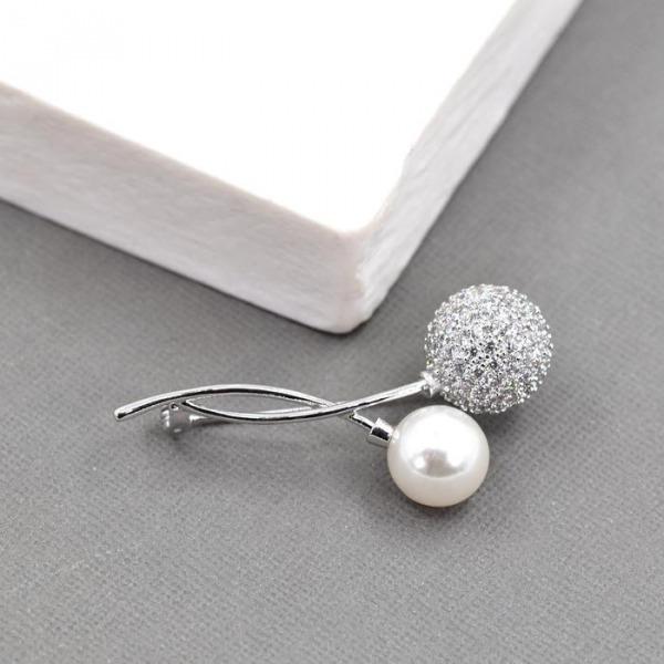 Pearl & Crystal Brooch