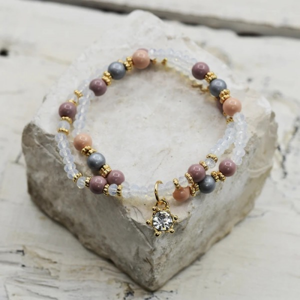Natural Stone and Cut Glass Crystal Bracelet